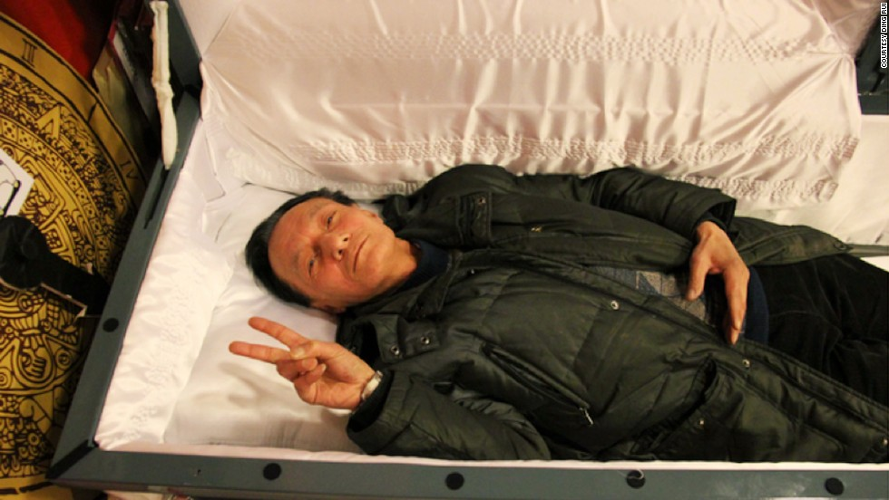 140730155541-china-death-experience-coffin-horizontal-large-gallery